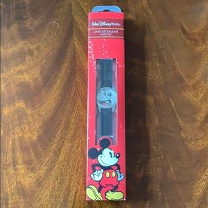 Mickey Mouse Disney Limited Release Watch